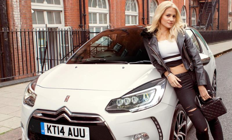 Pixie Lott with her DS 3