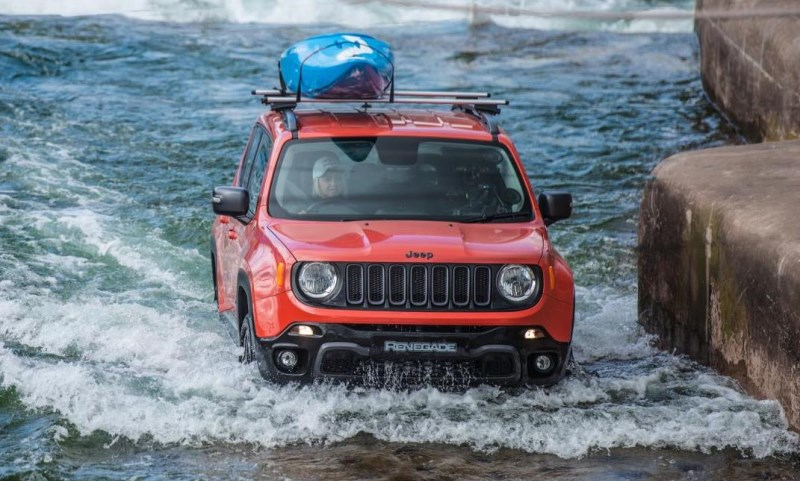 Jeep Renegade white water rafting