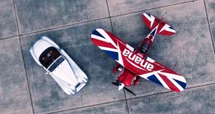 Morgan Aero 8 vs stunt biplane