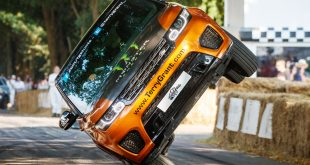 Land Rover and Terry Grant smash world record at Goodwood Festival of Speed