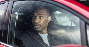 Va Va Voom is back - Thierry Henry returns to Renault (2)