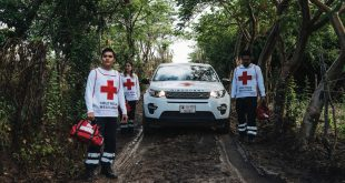 Land Rover helps Red Cross Volunteers to access remote communities