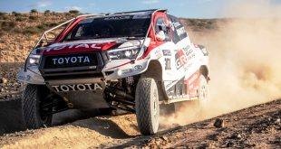 Fernando Alonso drives the Dakar-winning Toyota Hilux