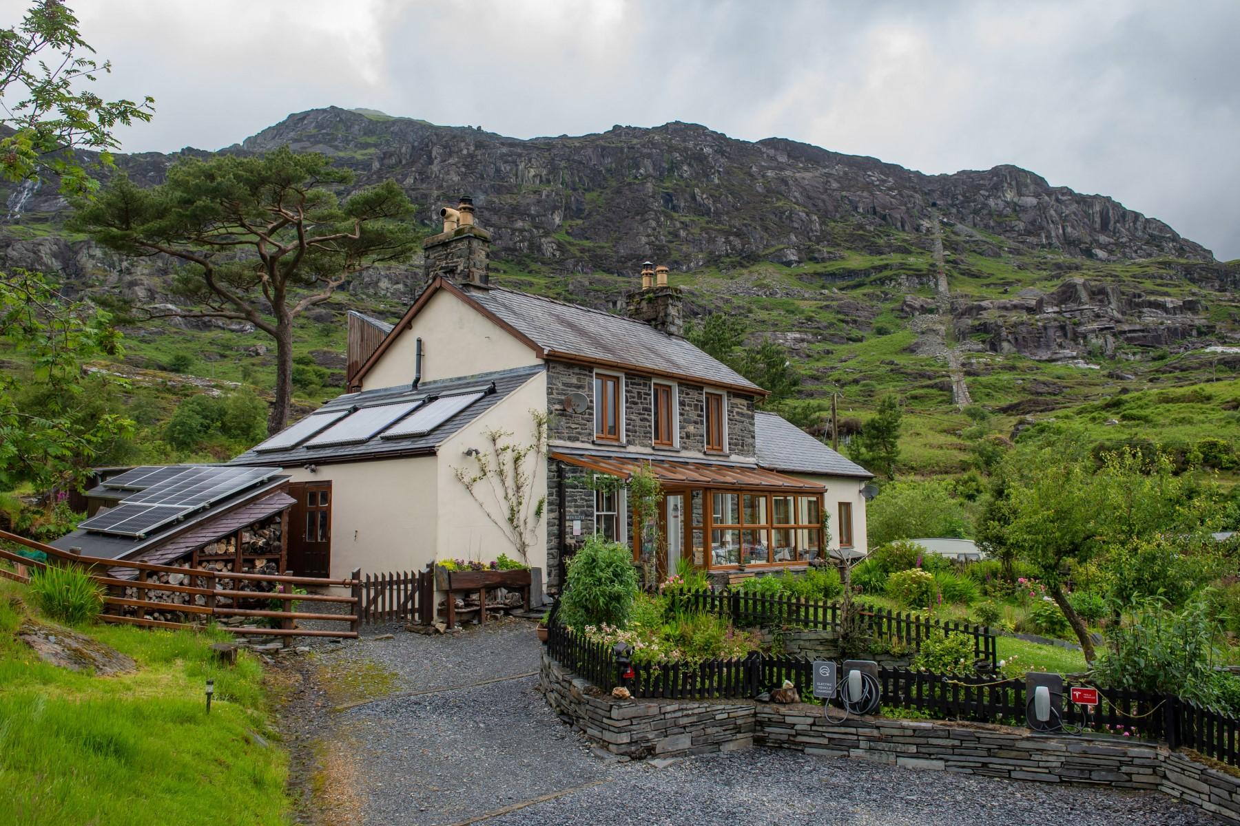 Bryn Elltyd Eco Guesthouse, Wales