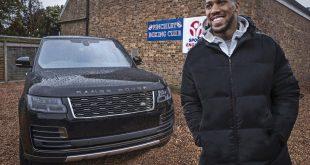 Boxer Anthony.Joshua - new Range Rover SVAutobiography
