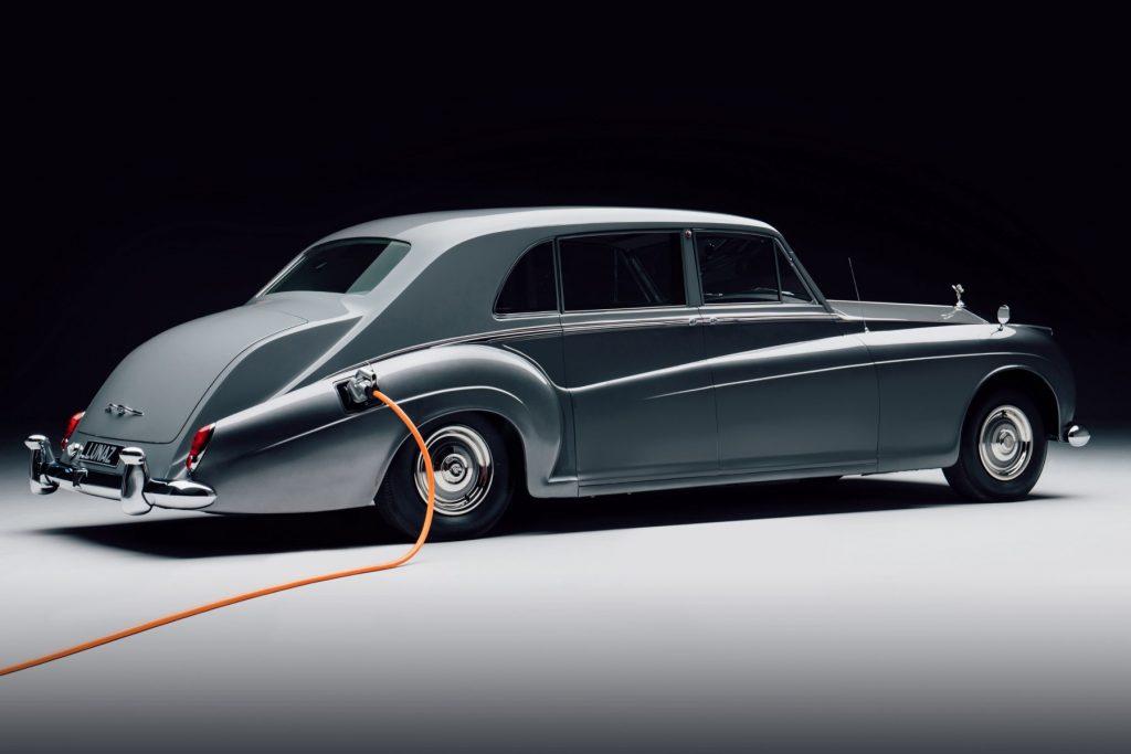 Electric Rolls-Royce Phantom V by Lunaz