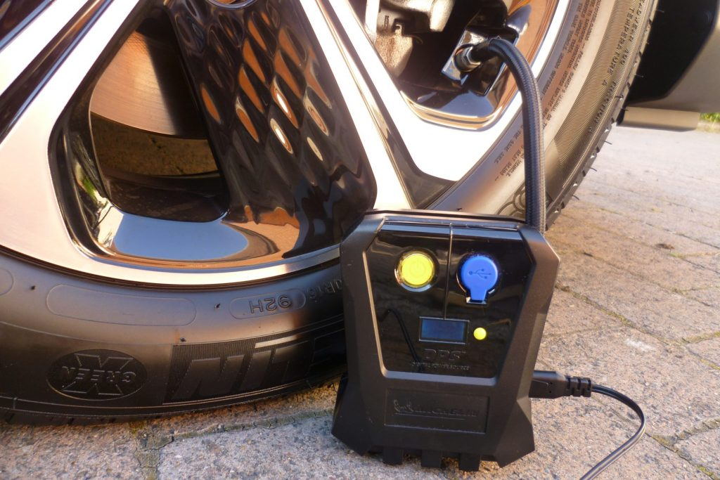 Michelin Compact 'Top Up' Digital Tyre Inflator
