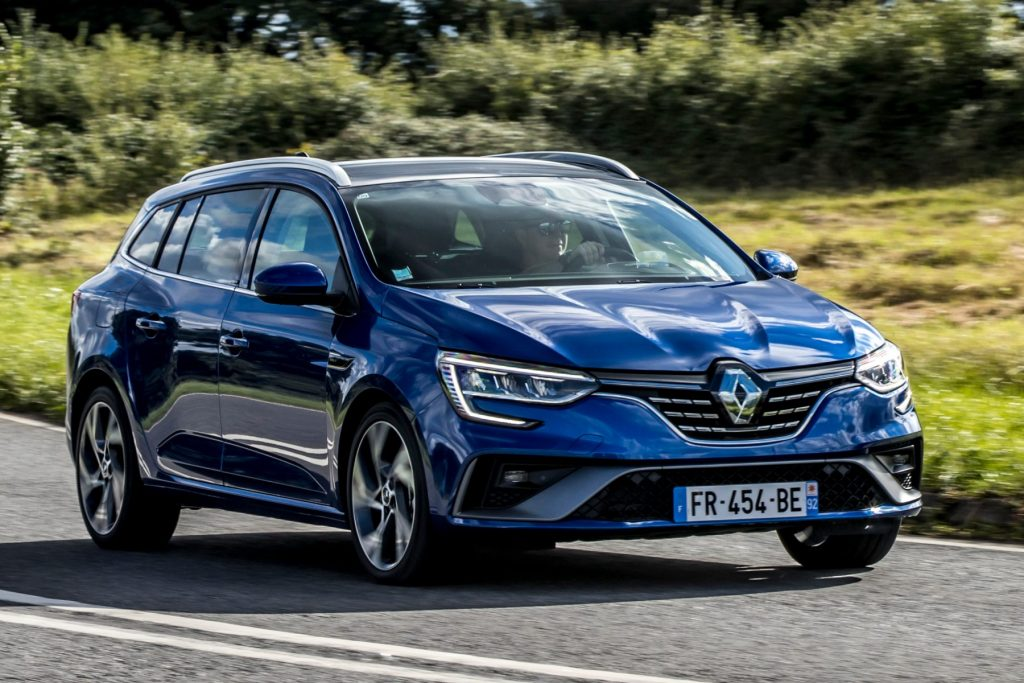 Renault Megane E-TECH Plug-in hybrid, Renault Megane, estate car,phev, plug-in hybrid, Renault, Kia Ceed