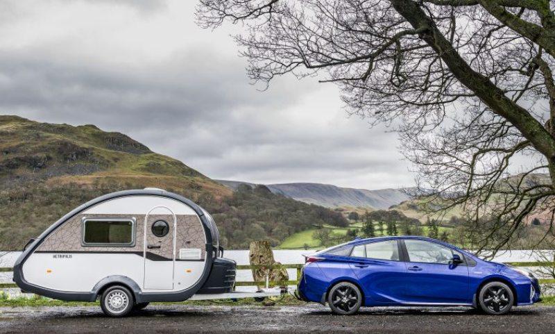 Toyota Prius towing a caravan