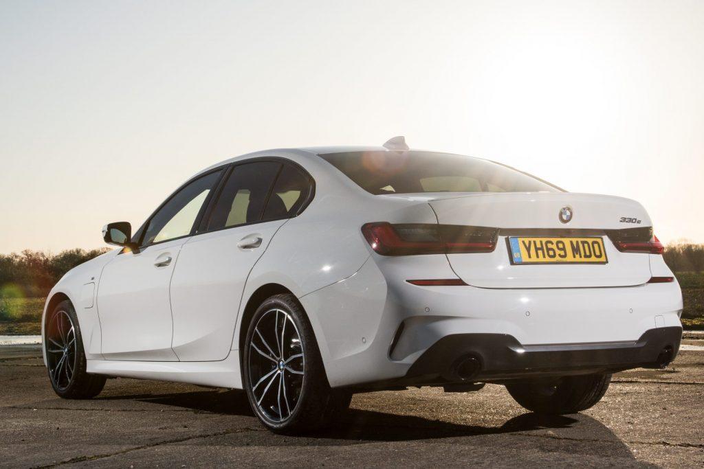 BMW 330e Plug-in Hybrid review