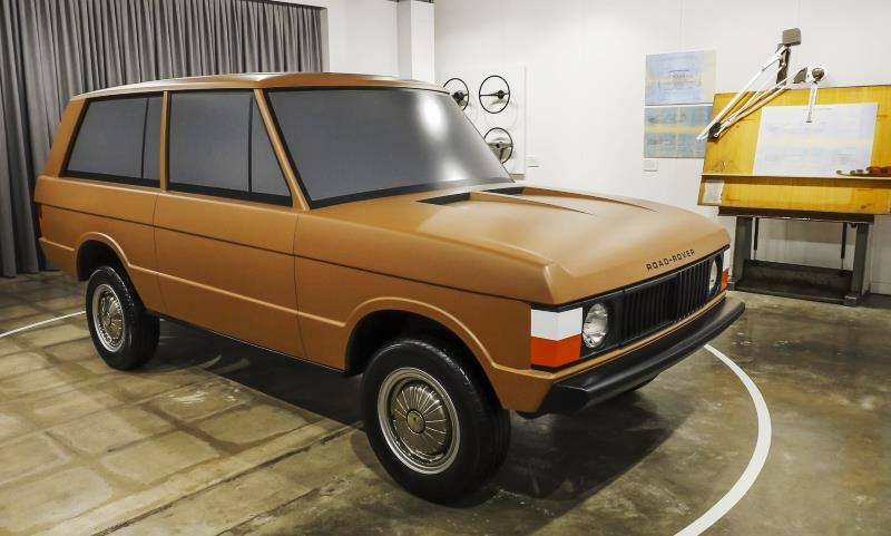 Range Rover prototype full-size clay model