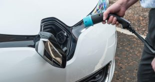 All-electric Renault ZOE comes to the aid of the Scottish Fire Rescue Service