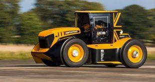 Guy Martin fastest tractor jcb